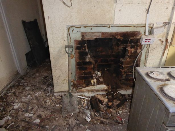 0 housing horror image 3