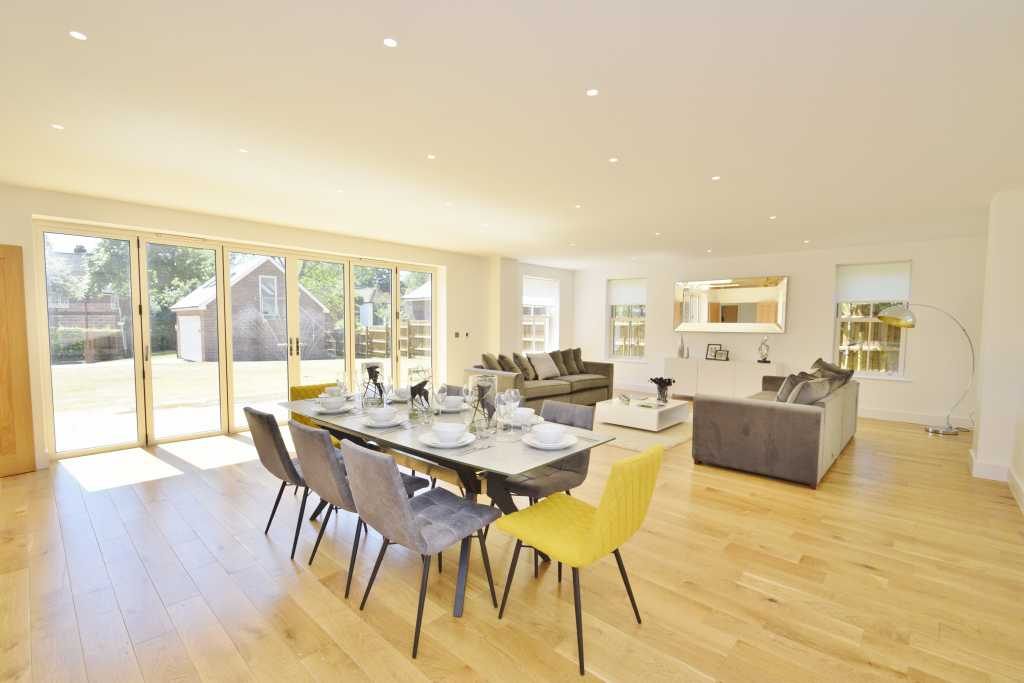 Elm House dining and seating area