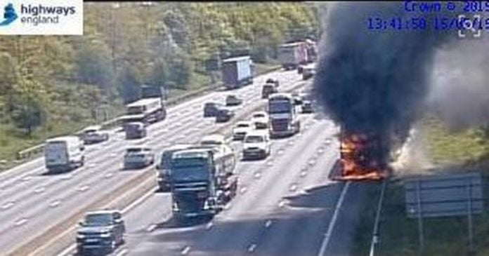 0 Vehicle fire on m1JPG