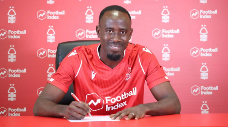 Adomah signs for Nottingham Forest