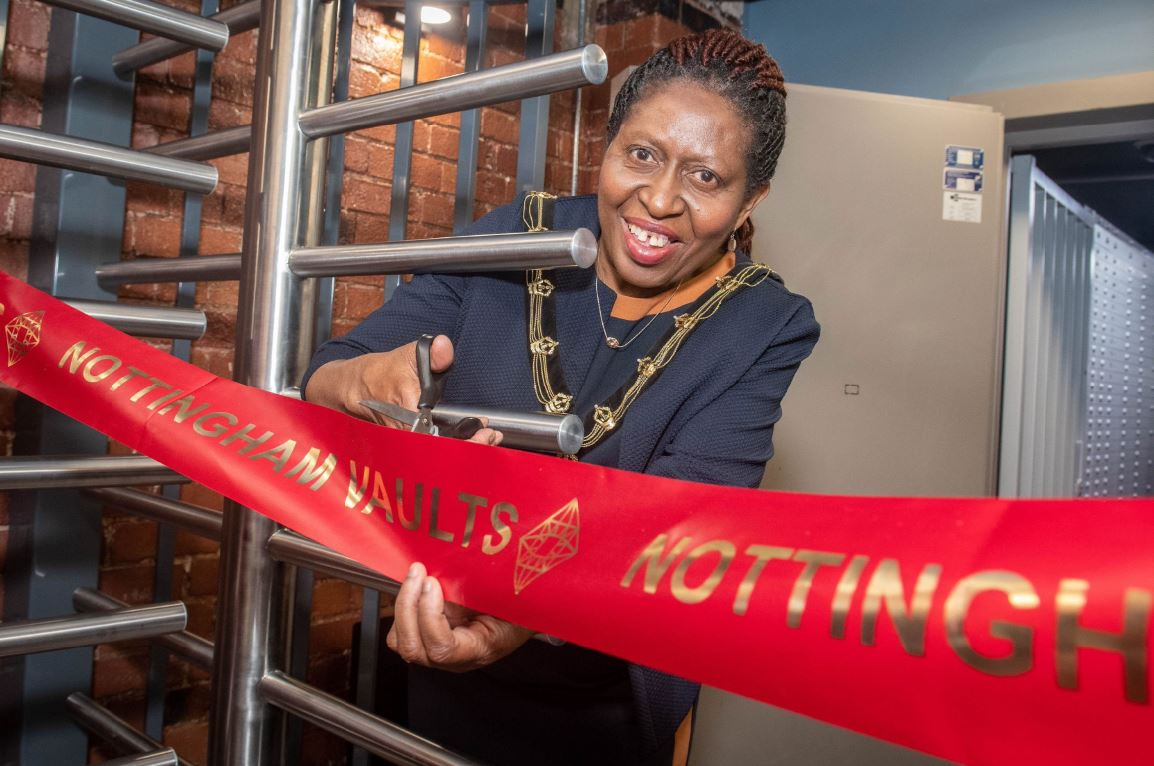 Nottingham Vaults The Sheriff of Nottingham Cllr Patience Ifediora officially opens Nottingham Vaults LR