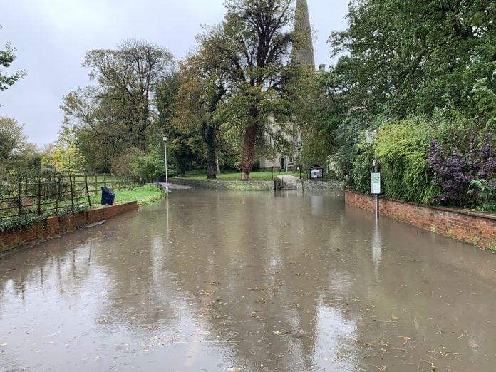 © westbridgfordwire.com Floods in Colston Bassett 26 October 2019
