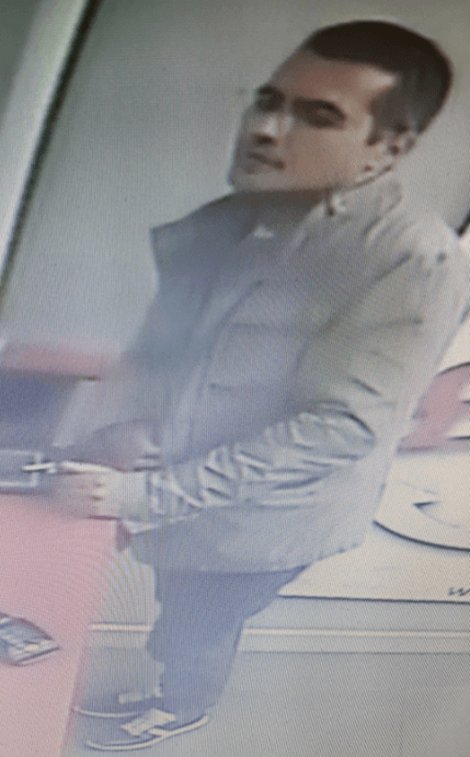 Notts distraction theft 3