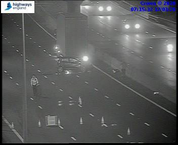 M1: J25 Southbound accident – road closed detour in operation – eight miles of queues and one hour delays