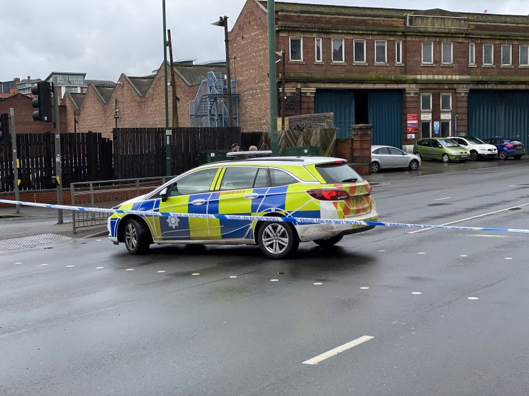 Pictures: Part of Nottingham evacuated after suspicious package reported