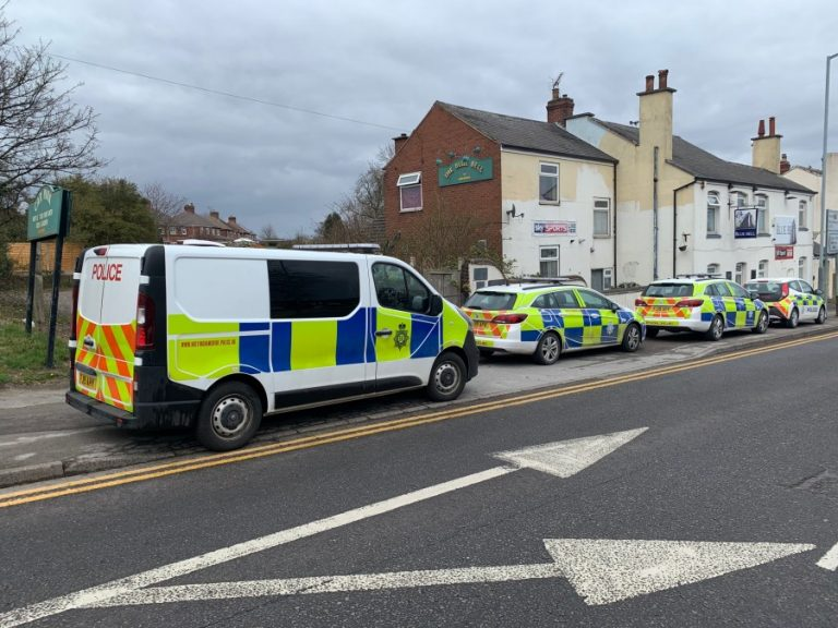 Notts pub holds lock-in during lockdown – police remove all alcohol from the premises