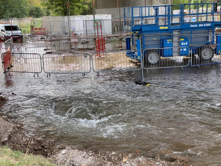 Pictures and video show huge water leak after pipe damaged at Clifton Bridge works