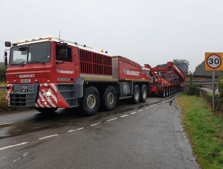 Huge 'special types' heavy load has police escort through the M1 in Nottinghamshire