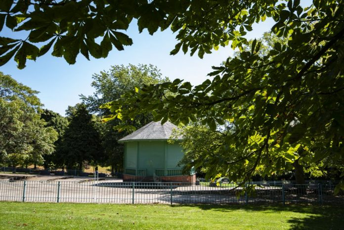 Nottingham Arboretum to host Garden Bar and bandstand this Summer