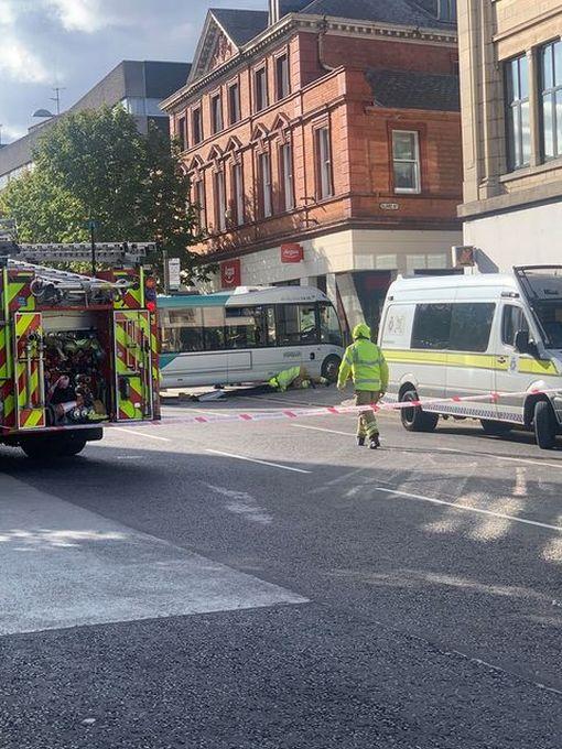 0 bus crash 2
