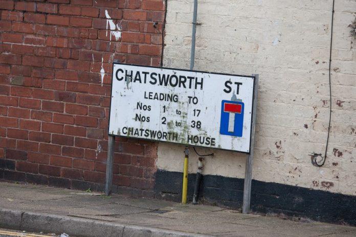 Chatsworth Sign