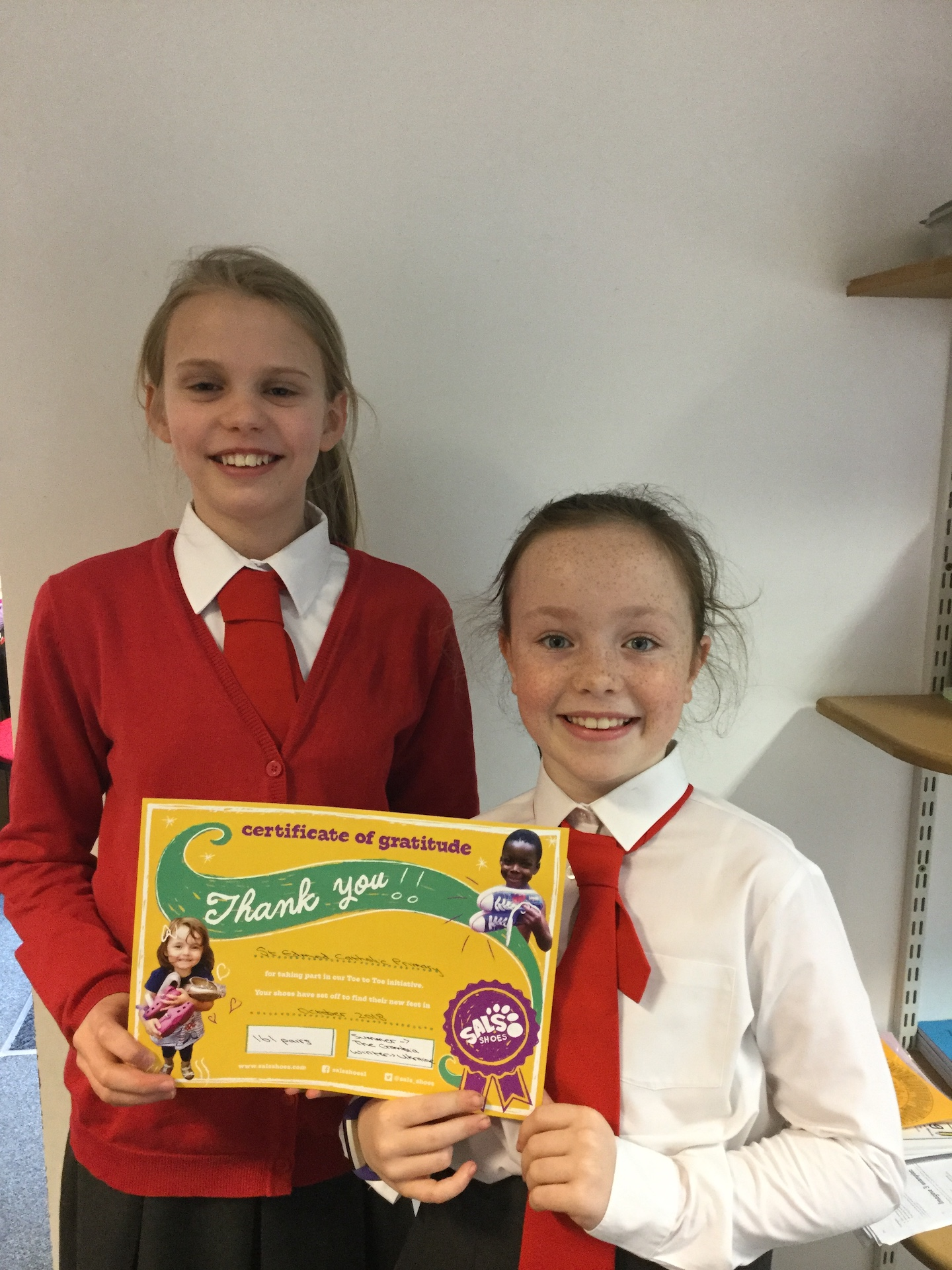 Pupils with certificate from Sals Shoes