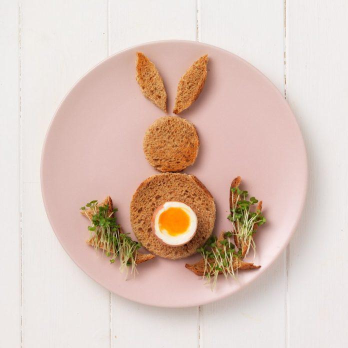 016 easter bunny egg toast