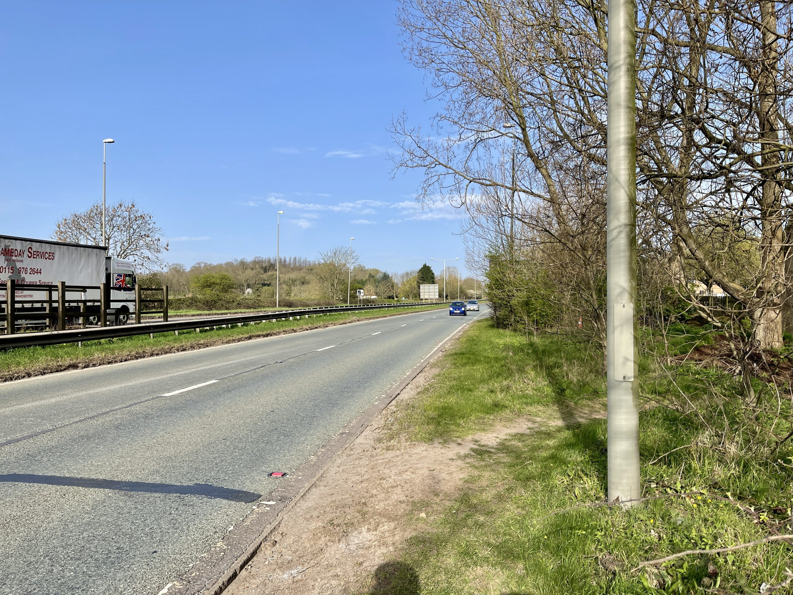 Trees and shrubs cause blind spots for those crossing the A52 ©westbridgfordwire.com