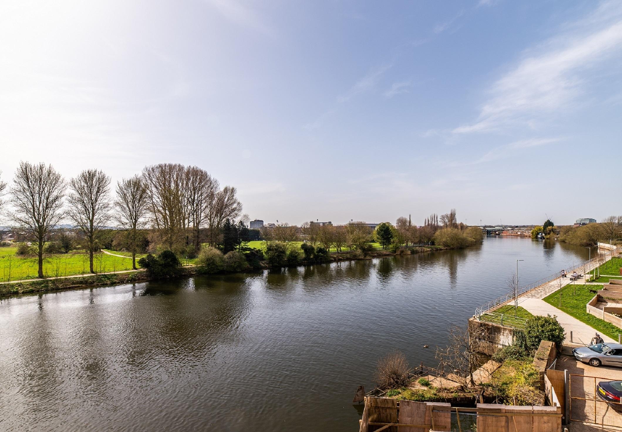 River Trent 'Yacht Club'