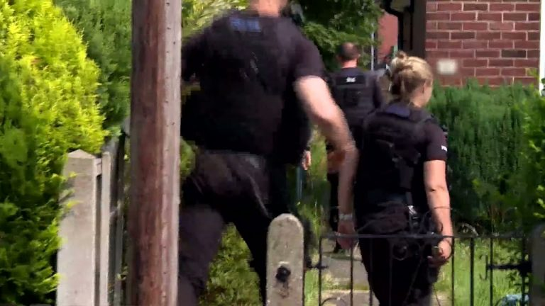 Video: Suspected drug dealer flips motorbike as he flees in police pursuit
