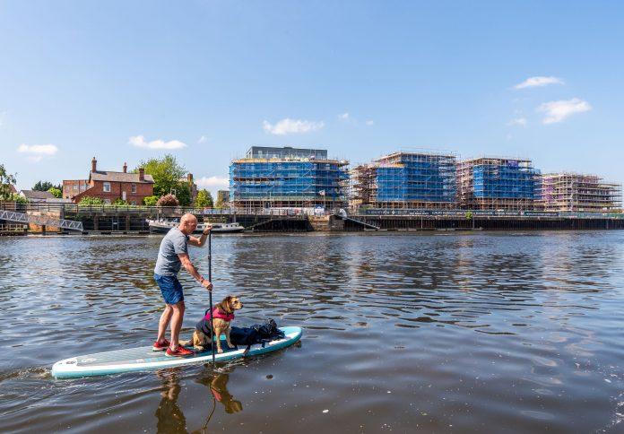 Elevate Trent Bridge Quays paddleboarder 1